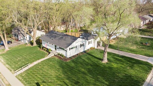5318 W 79th Street Property Photo