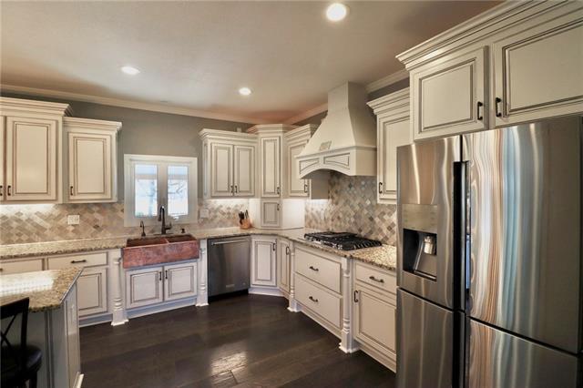24903 E Timberlake Drive Property Photo 12