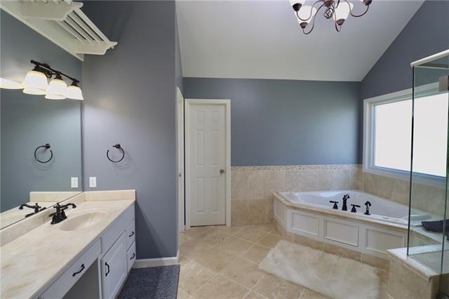 24903 E Timberlake Drive Property Photo 19