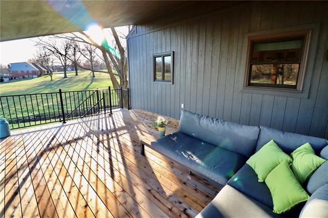 24903 E Timberlake Drive Property Photo 54