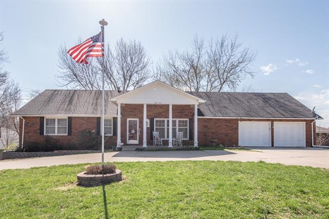 47 Hillcrest Drive Property Photo