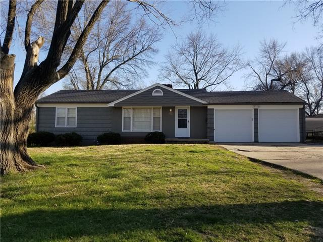 9701 E Gregory Boulevard Property Photo - Raytown, MO real estate listing