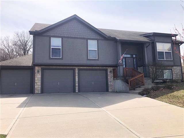 707 Highland Drive Property Photo - Leavenworth, KS real estate listing