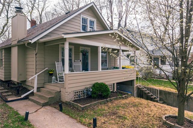 121 W Stone Street Property Photo - Independence, MO real estate listing