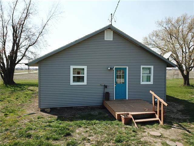 2074 20th Road Property Photo - Waverly, KS real estate listing