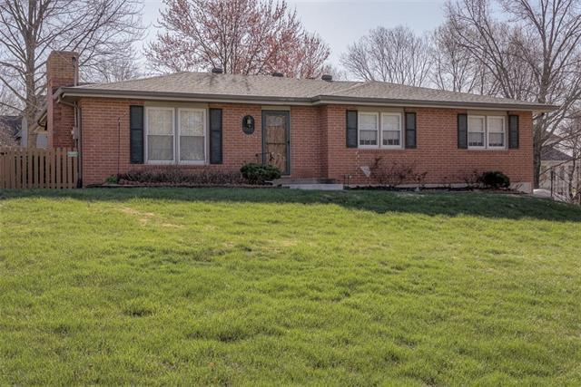 8205 NW Potomac Avenue Property Photo - Weatherby Lake, MO real estate listing