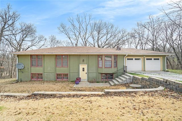 4002 SE Valley View Lane Property Photo - Holt, MO real estate listing