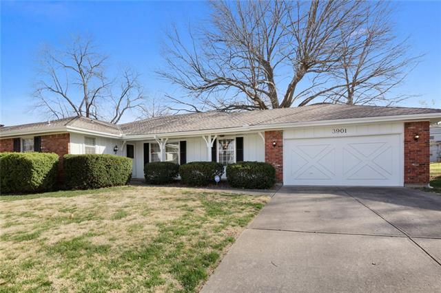 3901 E 104th Street Property Photo - Kansas City, MO real estate listing