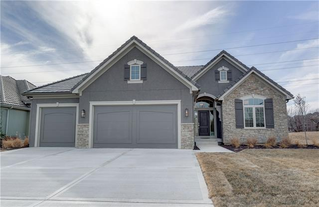 10324 N Lucerne Avenue Property Photo - Kansas City, MO real estate listing