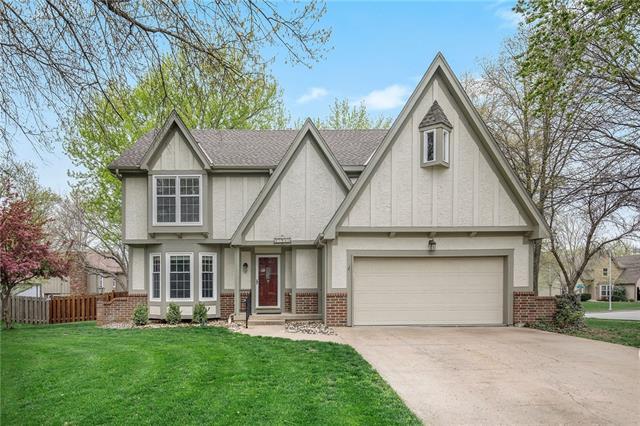 15912 W 136th Terrace Property Photo - Olathe, KS real estate listing