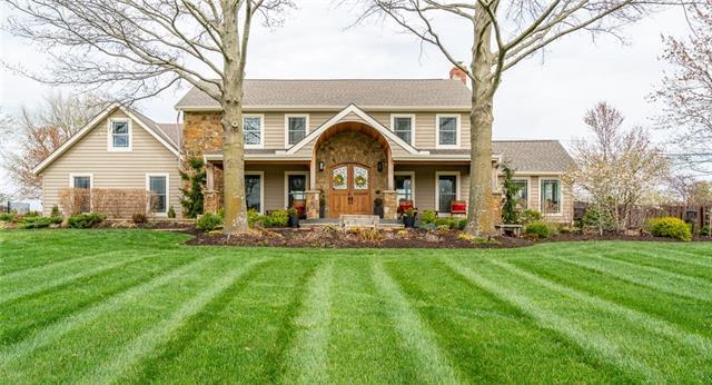 8802 W 193 Terrace Property Photo 1