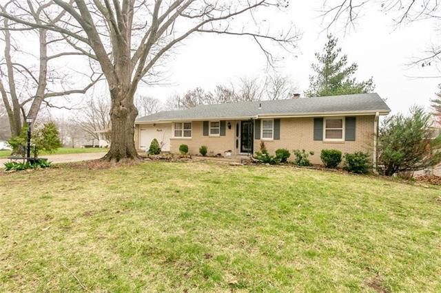 36 Northridge Drive Property Photo - St Joseph, MO real estate listing