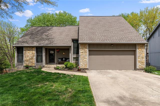 14506 W 90th Terrace Property Photo - Lenexa, KS real estate listing