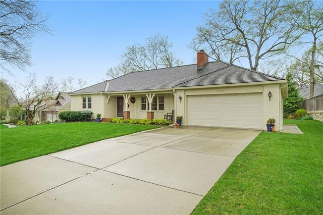 5836 Reinhardt Drive Property Photo - Fairway, KS real estate listing
