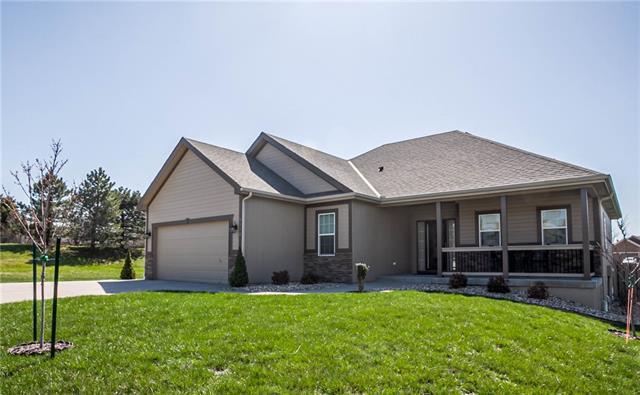 9110 N Holly Street Property Photo - Kansas City, MO real estate listing