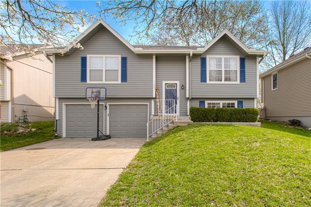 11207 N MARSH Avenue Property Photo - Kansas City, MO real estate listing