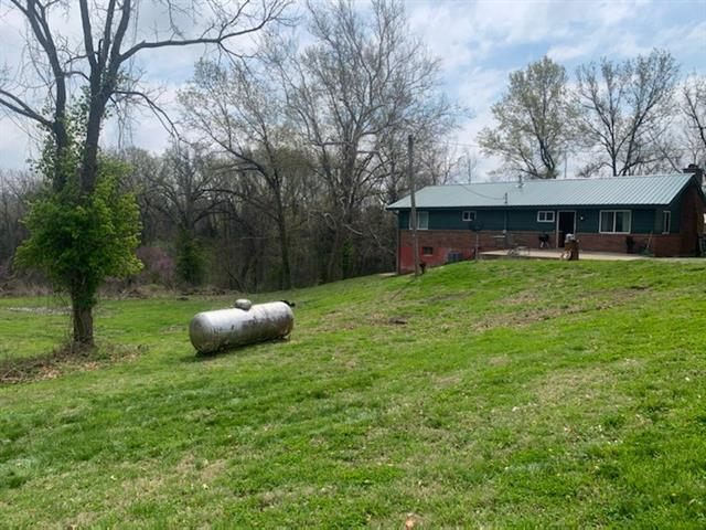 17078 Myrick Road Property Photo - Lexington, MO real estate listing