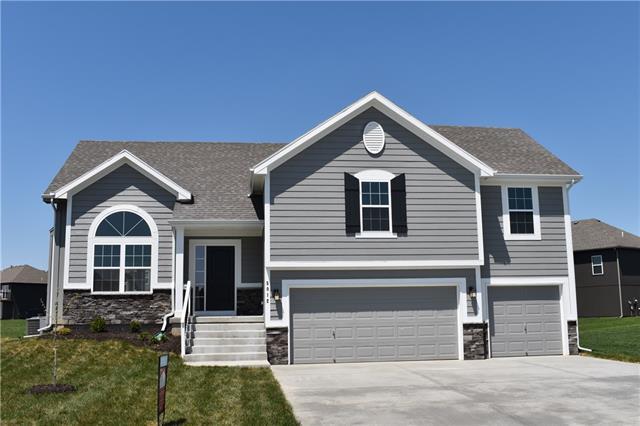 6111 NE 119th Terrace Property Photo - Kansas City, MO real estate listing