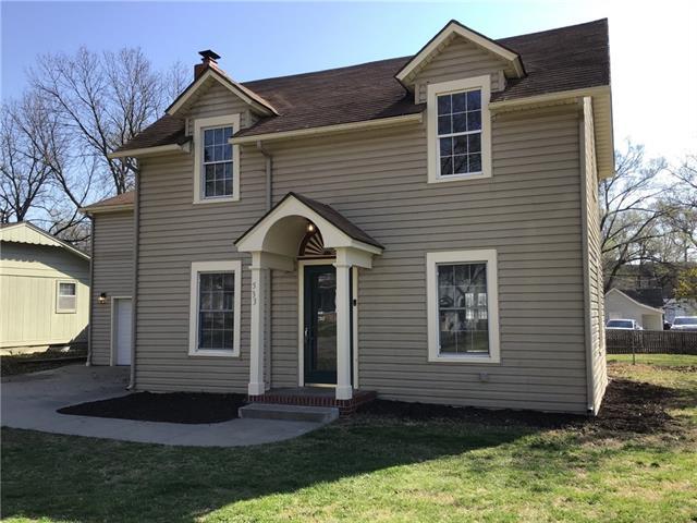 533 S Locust Street Property Photo - Ottawa, KS real estate listing