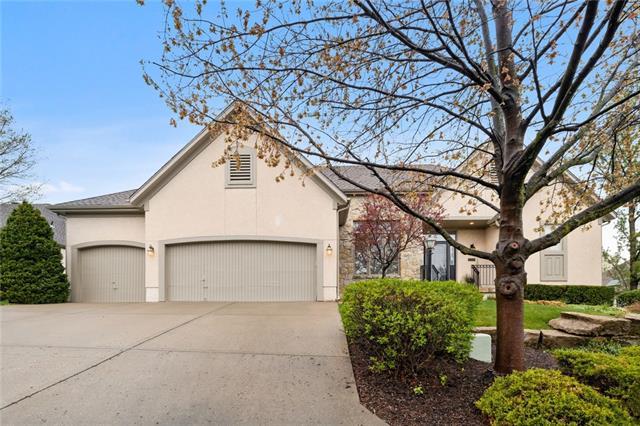 12808 Cedar Street Property Photo - Leawood, KS real estate listing