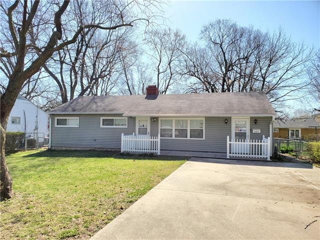 11217 Crystal Avenue Property Photo - Kansas City, MO real estate listing