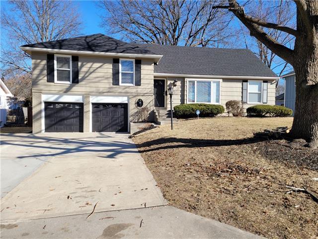 6210 E 109th Street Property Photo - Kansas City, MO real estate listing