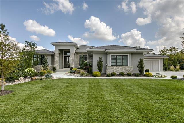 10237 S Oak Manor Drive Property Photo 1
