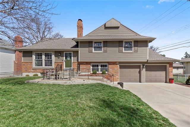 7508 W 97th Street Property Photo - Overland Park, KS real estate listing