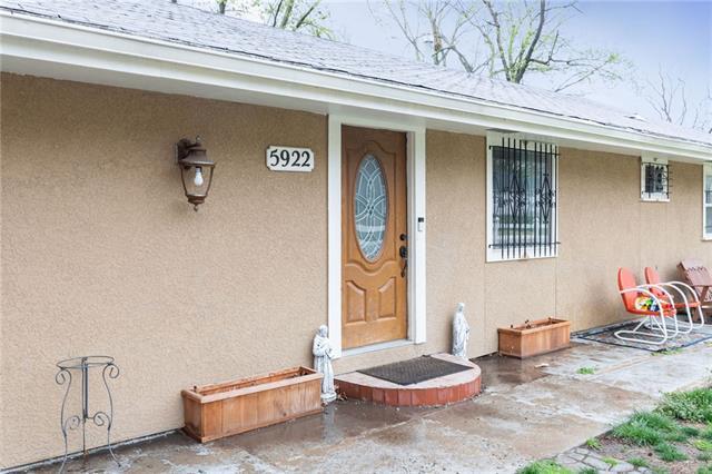 5922 Sewell Avenue Property Photo - Kansas City, KS real estate listing