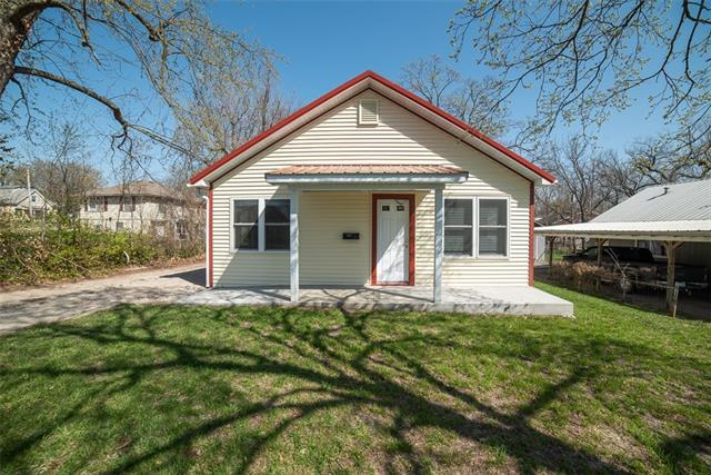413 W 8th Avenue Property Photo - Garnett, KS real estate listing