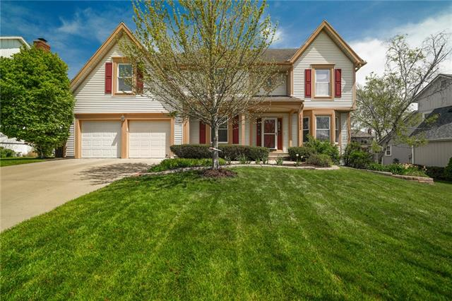 10533 Barton Street Property Photo - Overland Park, KS real estate listing