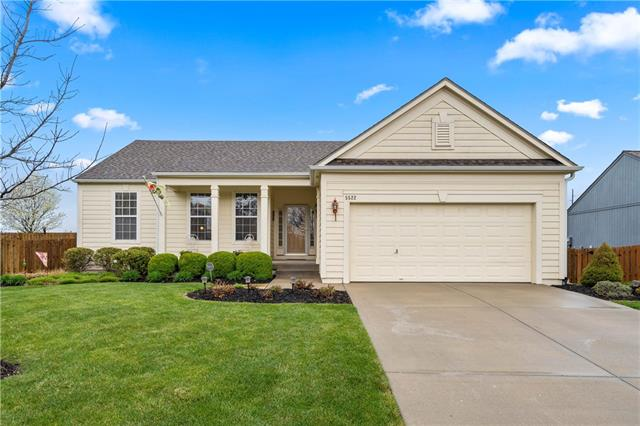5522 NOBLE Street Property Photo - Shawnee, KS real estate listing