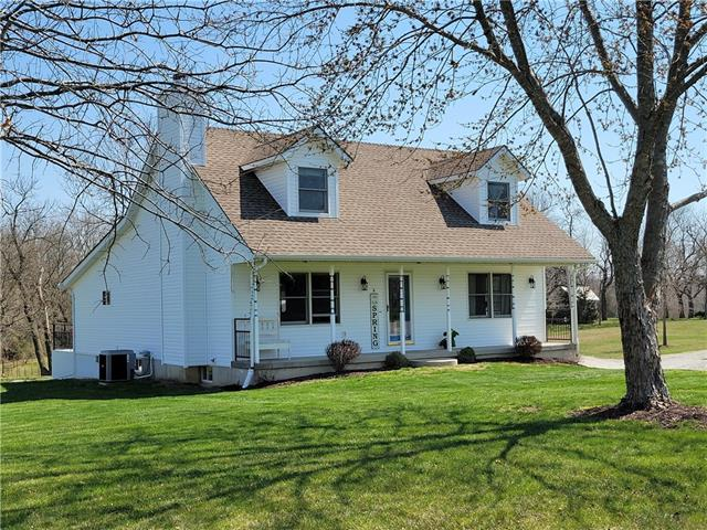 1681 NW 615th Road Property Photo - Kingsville, MO real estate listing