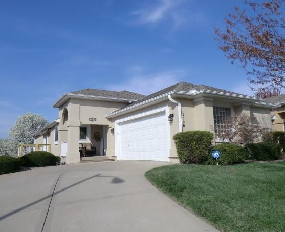 7908 N Locust Street Property Photo - Kansas City, MO real estate listing