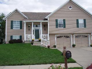 307 Apple Blossom Lane Property Photo - Belton, MO real estate listing