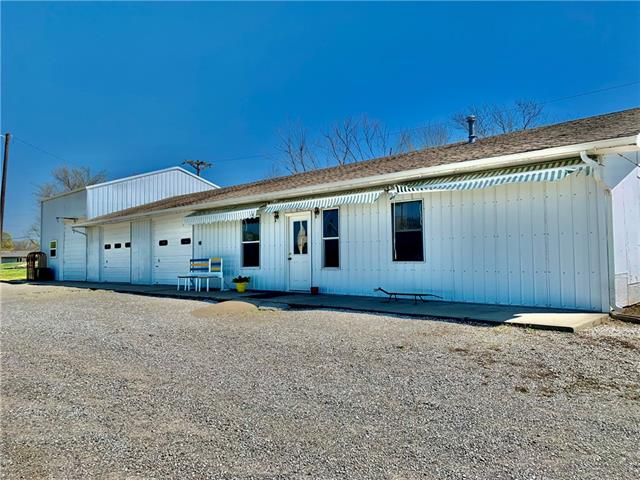 128 S Cherry Street Property Photo - Bronaugh, MO real estate listing