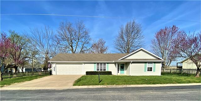 615 Windsor Drive Property Photo - Creighton, MO real estate listing