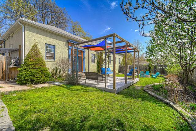 8208 E 55th Street Property Photo - Kansas City, MO real estate listing
