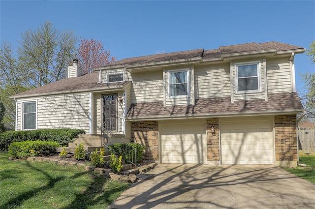 10438 Hauser Street Property Photo - Lenexa, KS real estate listing