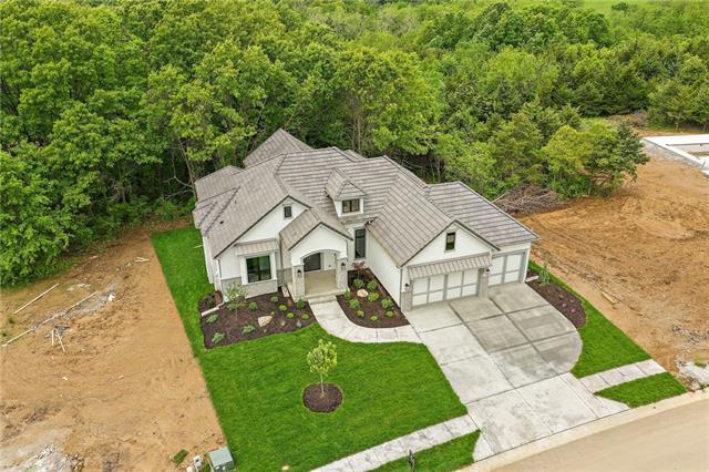 5830 N Lucerne Avenue Property Photo - Kansas City, MO real estate listing