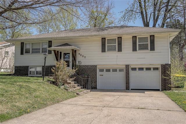9237 Lowell Avenue Property Photo - Overland Park, KS real estate listing