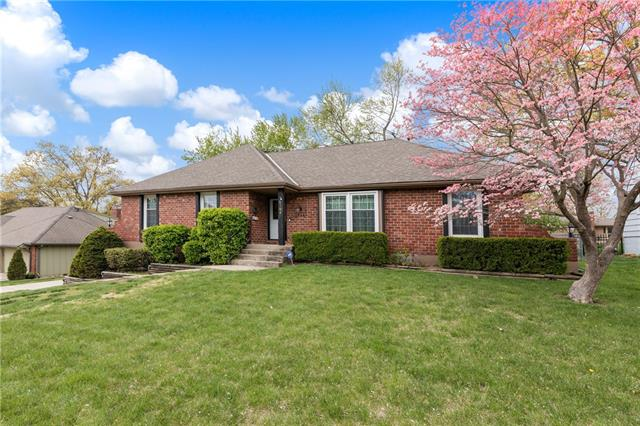 4308 S Montclair Street Property Photo - Independence, MO real estate listing