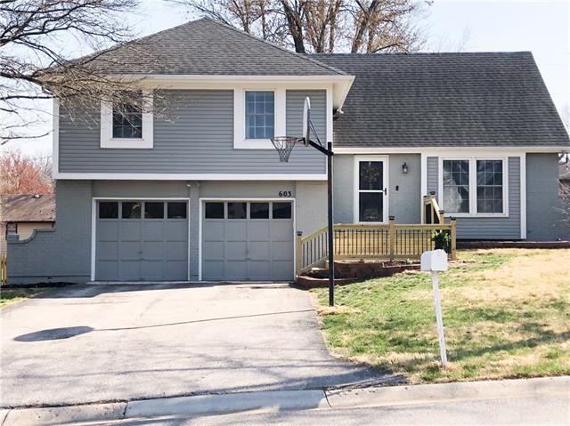 603 E Layton Drive Property Photo