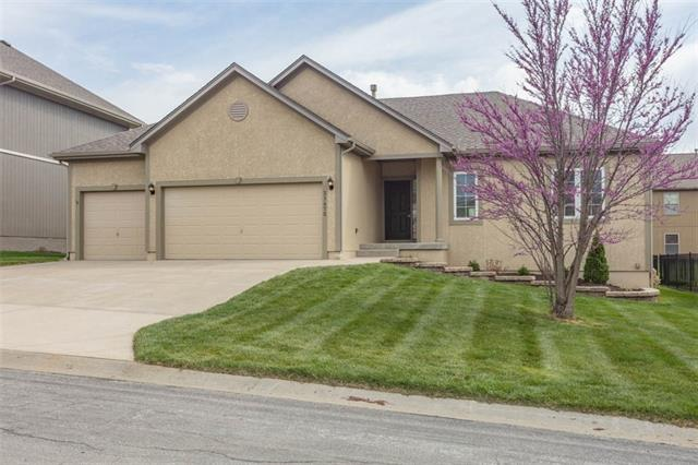 31475 W 84th Terrace Property Photo - De Soto, KS real estate listing