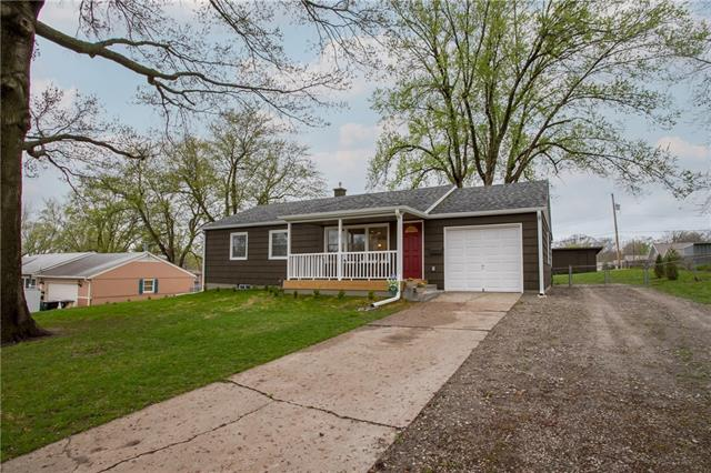 5118 Fuller Drive Property Photo - Independence, MO real estate listing
