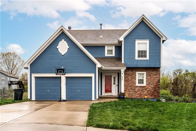 325 Walker Avenue Property Photo - Kansas City, KS real estate listing
