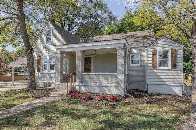 8638 Switzer Street Property Photo - Overland Park, KS real estate listing