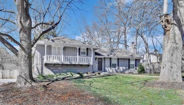 9730 Belinder Road Property Photo - Leawood, KS real estate listing