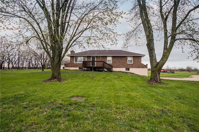 27905 S Freedom Road Property Photo - Harrisonville, MO real estate listing