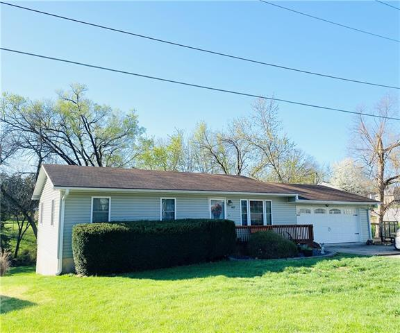 40 Tenth Street Property Photo - Chillicothe, MO real estate listing